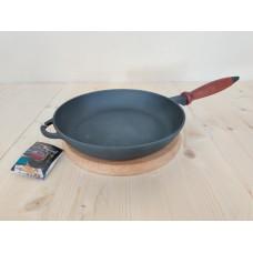 Чугунная сковорода Ситон 220х40 мм с деревянной ручкой