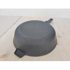Сковорода литая чугунная 240*60 со съемной бакелитовой ручкой